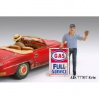 american-diorama-ad-77707-gas-station-attendant-eric-figurines-1-18